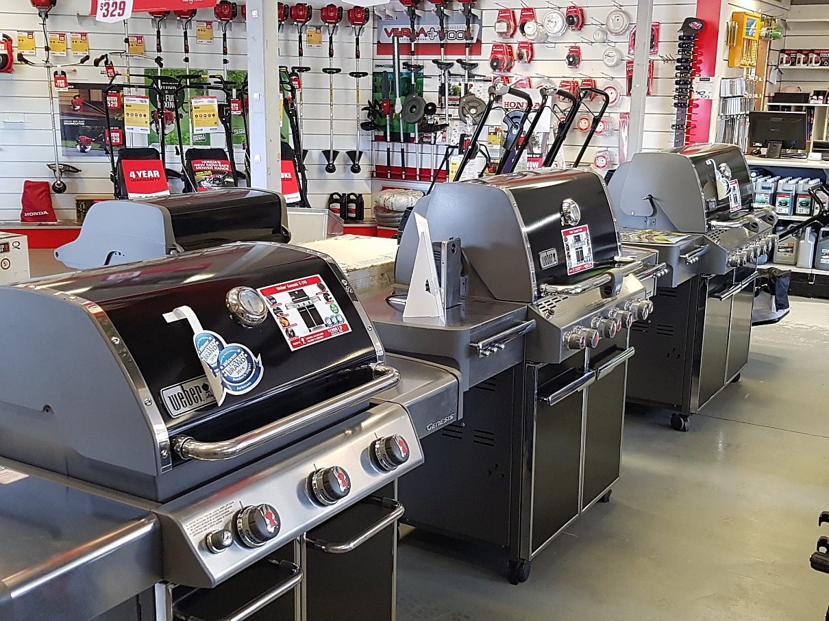 Showroom Weber BBQ Display